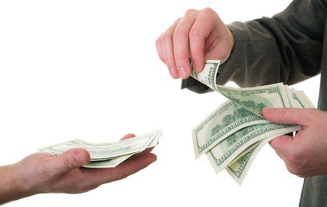 Айвенго возвращается у кого можно попросить денег в долг вставьте этот код