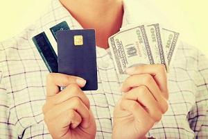 Кредитная карта или потребительский кредит – что лучше?